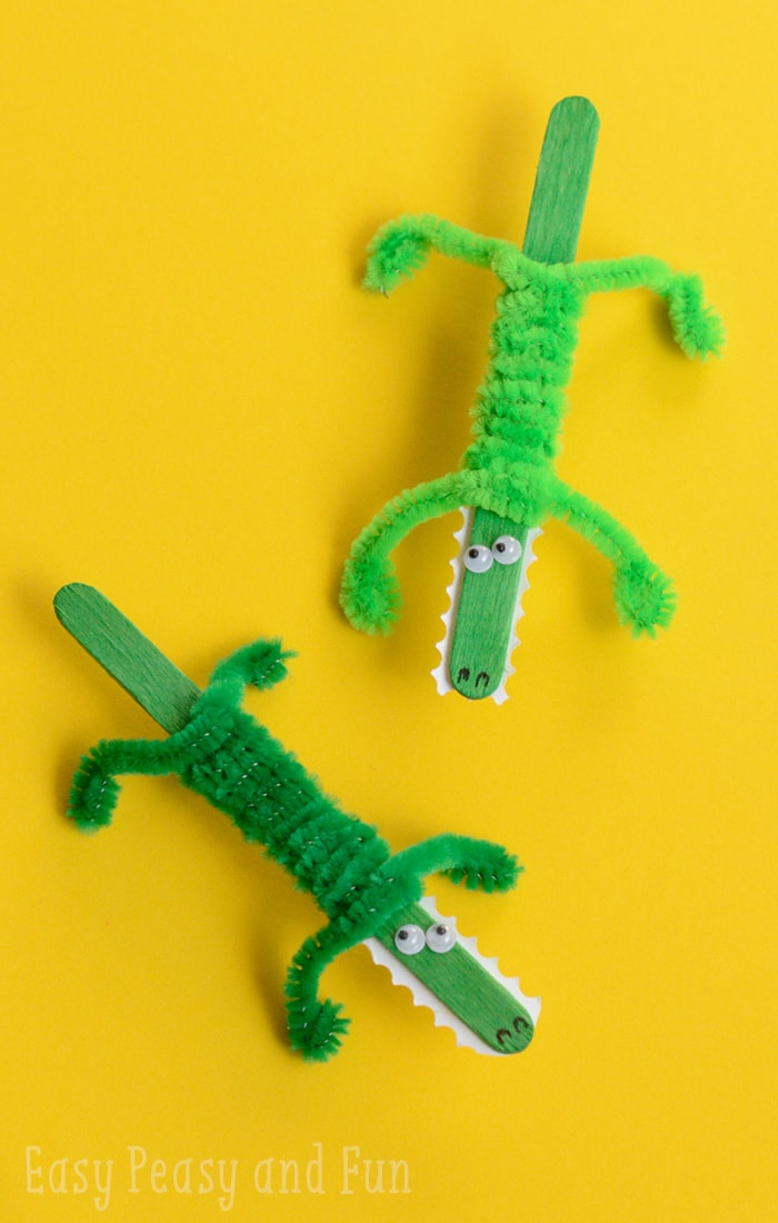 Craft stick crocodile craft easy peasy and fun for Crafts for kids to make